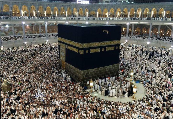 Los preceptos del Islam ordenan a todo musulmán peregrinar a la ciudad de La Meca al menos una vez en la vida. (AP)