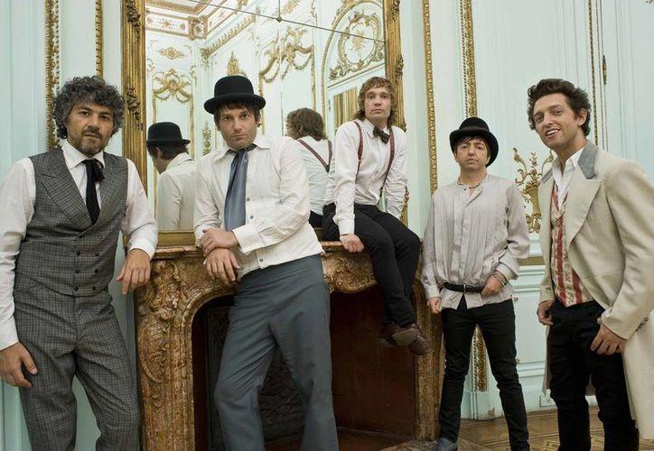 """La banda se lanzó a la fama en 1992 con el sencillo """"D-Generación"""". (revistakuadro.com)"""