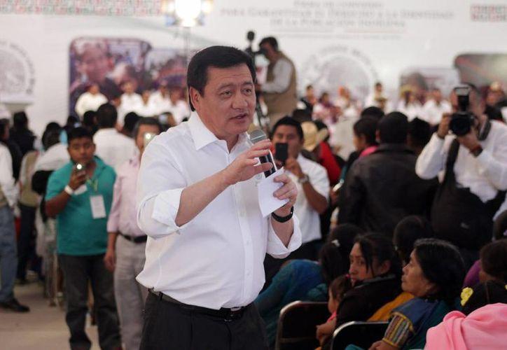 Osorio Chong dijo que deben hacerse las modificaciones para aplicar el Mando Único en el país. (Notimex)