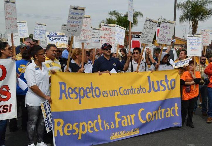Los trabajadores de 'El Súper' son en su mayoría latinos e inmigrantes. Su protesta fue apoyada por uno de los sindicatos de mayor fuerza en California. (ufcwwest.org)