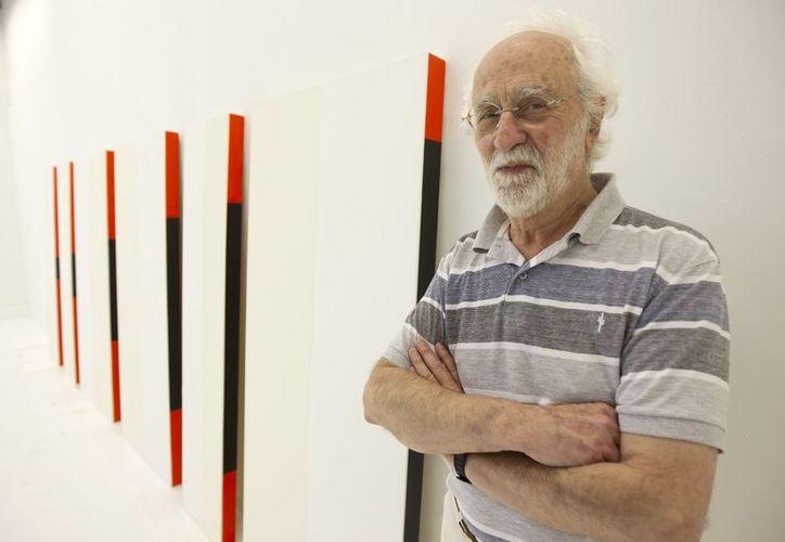 El artista argentino César Paternosto muestra sus obras más recientes. (Agencias)