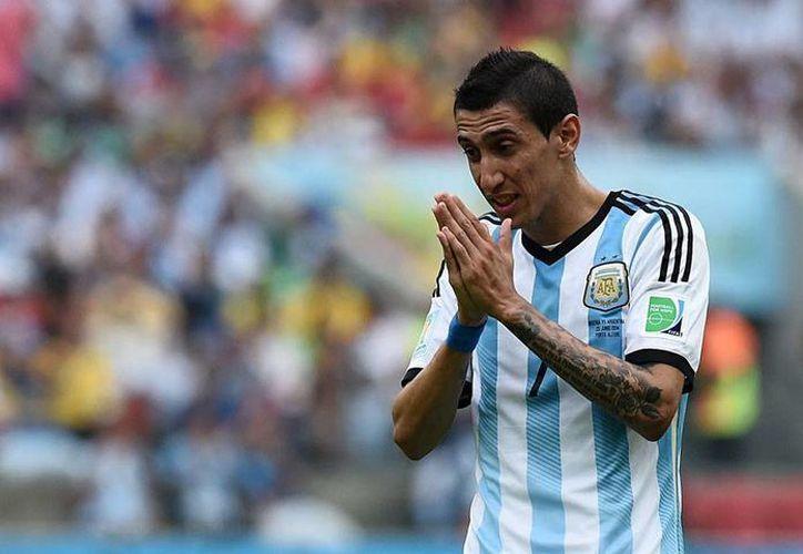 El PSG, club en el que milita Ángel Di María, 'rogó' para que el mediocampista no fuera incluido en la lista de la Selección de Argentina, en los próximos partidos amistosos, entre los está programado uno contra México. (theguardian.com)