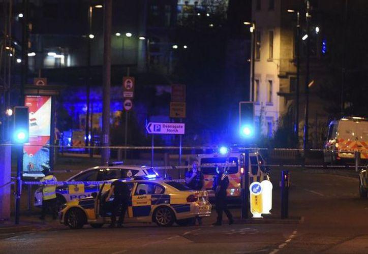 Tras el atentado ocurrido en la Arena Manchester no se ha reportado ninguna víctima mexicana. (AP)
