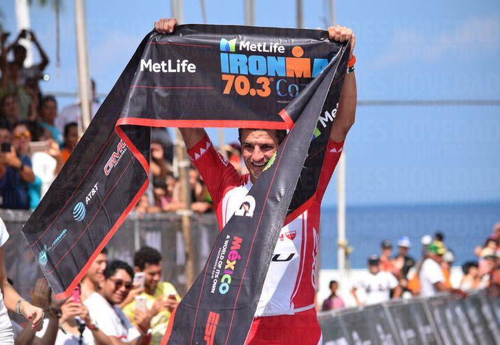 Terenzo Bozzone terminó la carrera en un tiempo de tres horas, 50 minutos y 36 segundos. (Foto: Gustavo Villegas)
