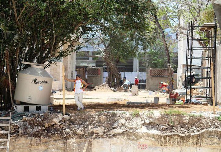 En los terrenos se busca construir universidades, colegios y hoteles.(Octavio Martínez/SIPSE)