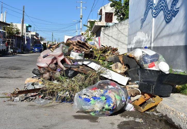 Durante el operativo se levantaron casi 450 toneladas de basura de las calles del municipio.