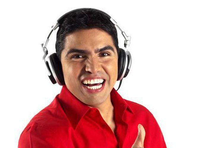 Univision canceló abruptamente el programa del locutor nacido en México la semana pasada, reemplazándolo con una barra musical. (Internet)