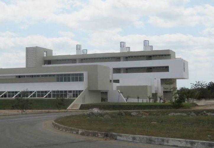 Imagen de la facultad de Economía del campus de la Uady, que se trasladó el pasado septiembre de 2013. (Google Maps)
