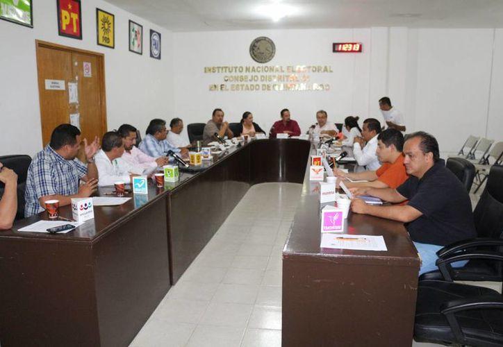 El Instituto Nacional Electoral instaló la Junta Distrital 01 para participar en la elección local. (Adrián Barreto/SIPSE)