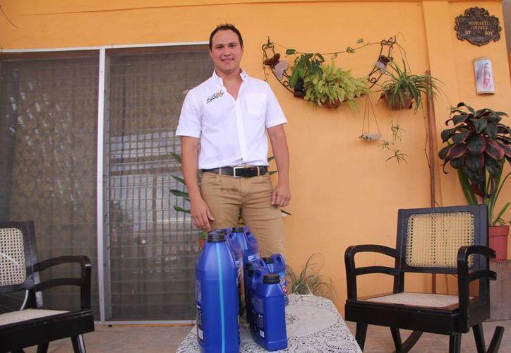 Germán Rodríguez Jiménez, fundador de Freextor, primera empresa yucateca que produce anticongelante. (Milenio Novedades)