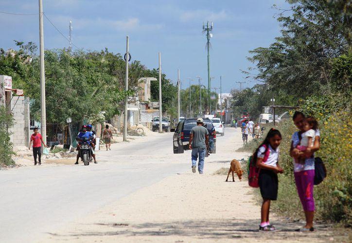 Es necesario que las autoridades introduzcan drenaje en los asentamientos. (Adrián Barreto/SIPSE)