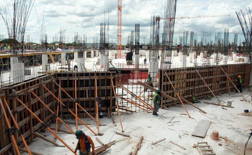 La construcción de nuevos centros comerciales en Mérida cubriría parte de las plazas necesarias para los posibles repatriados ante las iniciativas del presidente electo de EU, Donald Trump. (Imagen ilustrativa/ Milenio Novedades)