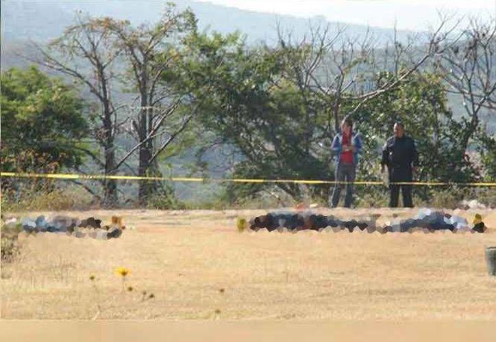 Imagen del lugar donde se encontraron los cuatro cuerpos degollados en Yautepec, Morelos. (Pedro Tonantzin Sánchez/Excelsior)