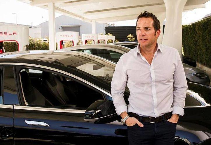 Javier Verdura, mexicano de nacimiento, es director de diseño de producto de Tesla Motors y uno de los latinos más influyentes en el mundo tecnológico. (cnet.com)