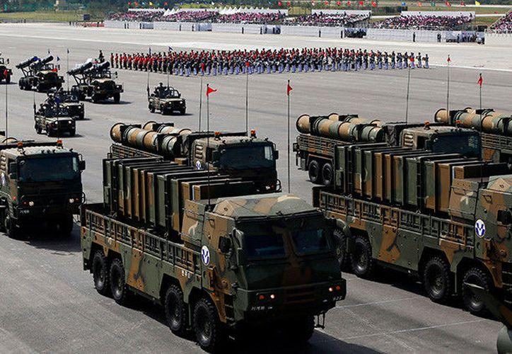 Corea del Sur probó su misil Hyunmoo-2, con lo cual espera frenar las amenazas de Corea del Norte, su vecino. (RT)