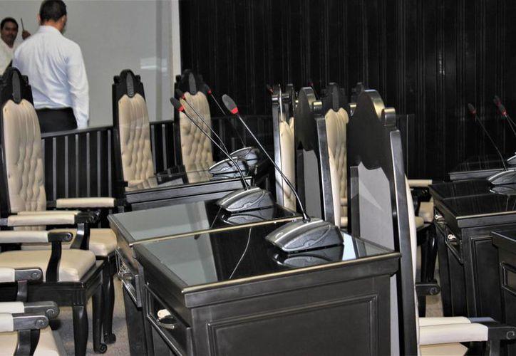 El sistema permite tener sonido desde los asientos de los diputados. (Foto: Eddy Bonilla)