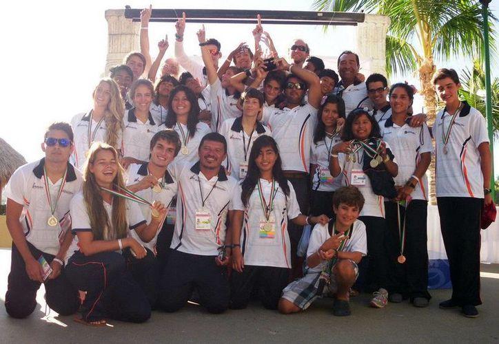 Los jóvenes manifestaron con hechos el excelente nivel competitivo por el que atraviesan. (Redacción/SIPSE)