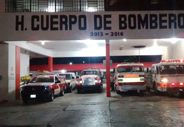 Actualmente son tres carrobombas, cuatro cisternas, cuatro unidades de rescate y cinco ambulancias con las que cuenta la corporación de salvamento y rescate capitalina.