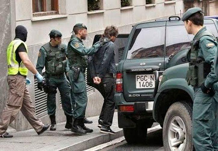 La Guardia Civil española realizó operativos en Tenerife, Madrid y Valladolid para dar con los criminales. (www.lapatilla.com)