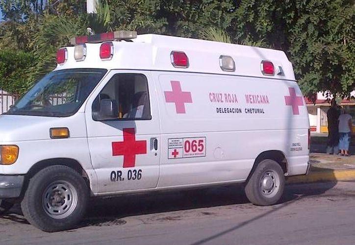 El muchacho fue trasladado a la clínica del Instituto Mexicano del Seguro Social, donde quedó bajo observación médica. (Archivo/SIPSE)