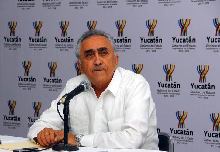 Imagen de Carlos Pasos Novelo, director de la AAFY, quien informó del aumentoe de movimientos de las Unidades de Servicios Electrónicos en toda la ciudad. (Archivo/Milenio Novedades)