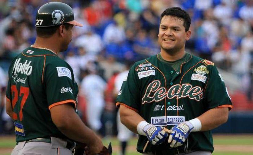 En diciembre próximo la franquicia Leones de Yucatán quedará en manos de Juan y Erick Arellano Hernández.(SIPSE/Foto de archivo)