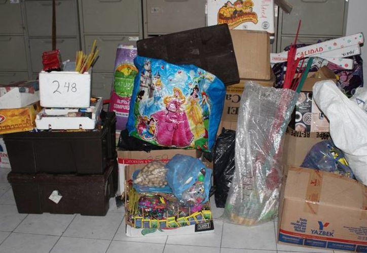Las autoridades aseguraron, en tres días, unos 650 kilogramos de 'bombitas' (pirotecnia) en varios puntos de Mérida. (Cortesía)