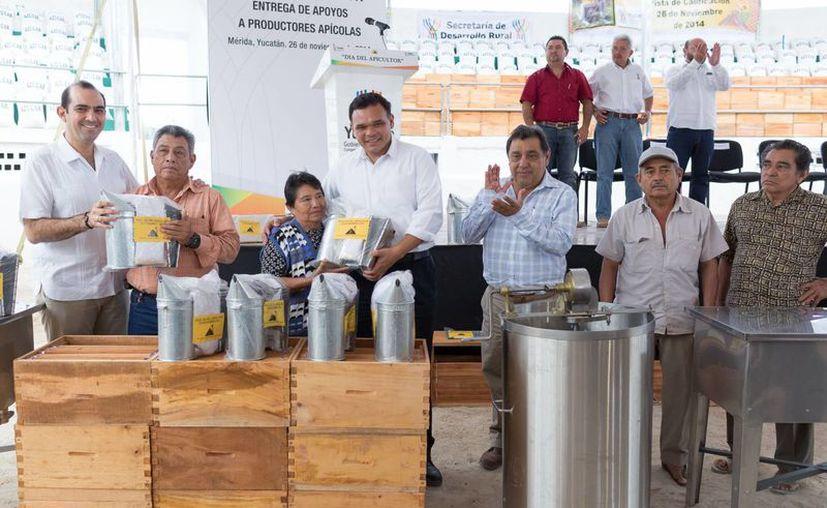 El gobernador Rolando Zapata inaugurará este jueves la torre Aqua de las Country Towers Altabrisa. (SIPSE)