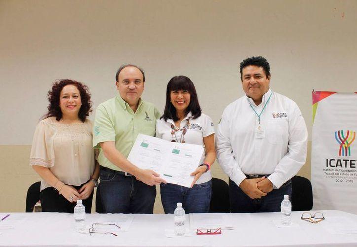 El evento de clausura se realizó en las instalaciones de la Unidad de Capacitación Mérida del Icatey. (Milenio Novedades)