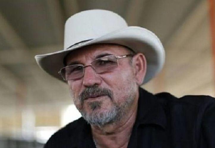 El fundador de los grupos de autodefensa dijo no arrepentirse de haber emprendido el movimiento en Michoacán. (losgrillos.com)