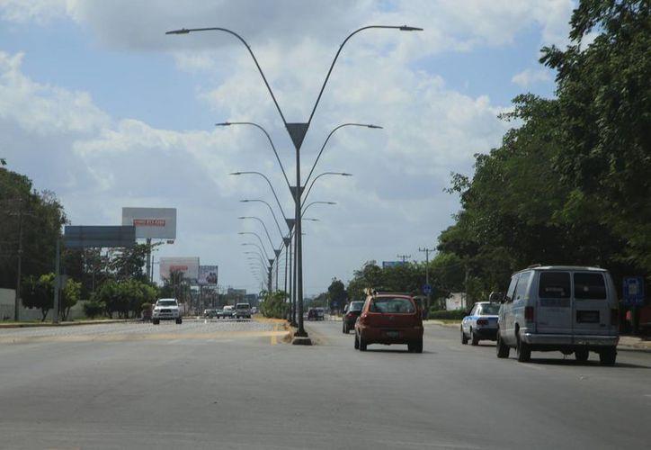 Modernizarán y ampliarán carreteras en la entidad. (Luis Soto/SIPSE)