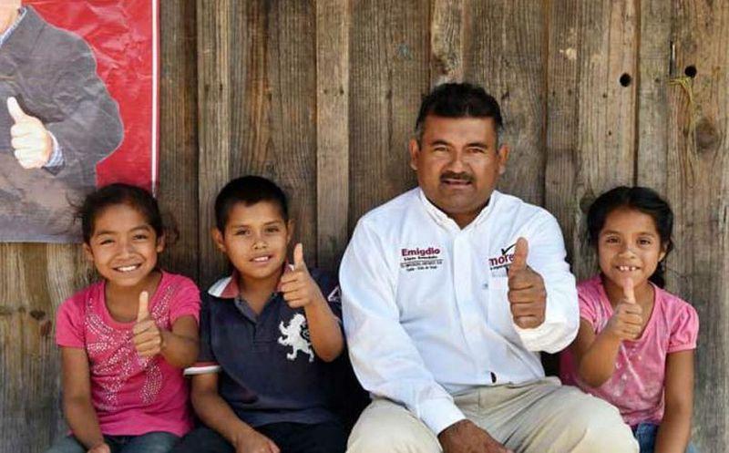 El candidato y otros integrantes del partido Morena se dirigían a una comunidad para realizar proselitismo político. (NVI Noticias)