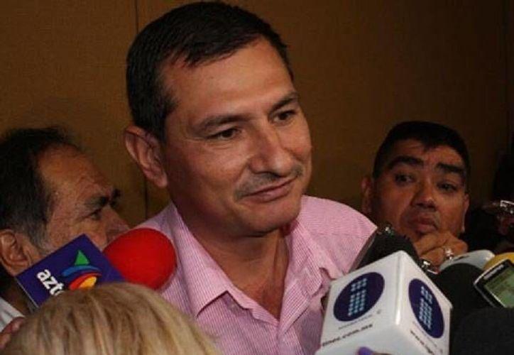 Jesús Cruz Valencia, alcalde de Aguililla, permanece detenido en Morelia. (mizamora.net)