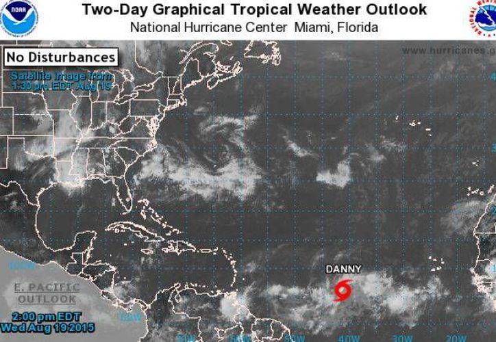 La tormenta tropical Danny está ubicada a dos mil 235 kilómetros al este de las Antillas menores. (Contexto/Internet)