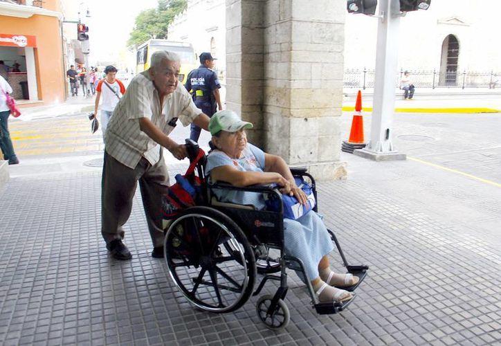 Diagnostican situación de personas con discapacidad. (SIPSE)