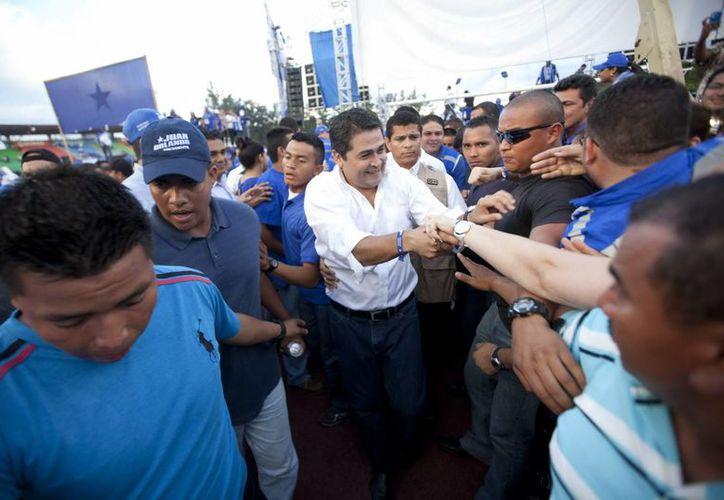 El candidato oficialista, Juan Orlando Hernández, sigue encabezando los resultados de las elecciones presidenciales de Honduras. (Archivo/EFE)
