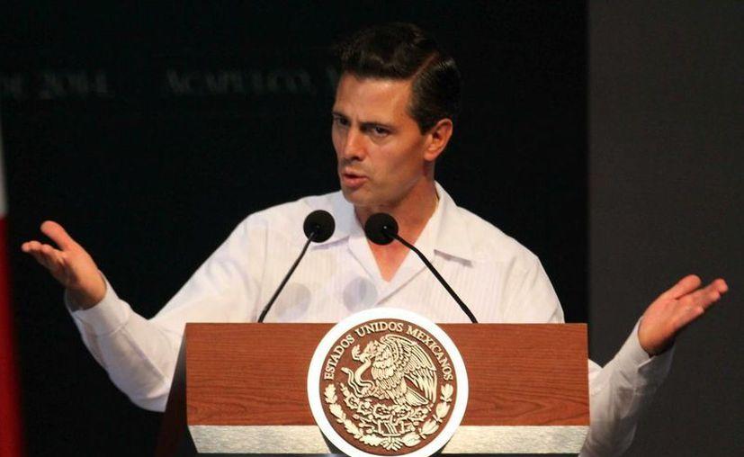 Peña Nieto presenta un nivel más bajo que los expresidentes Felipe Calderón y Vicente Fox. (Archivo/Notimex)