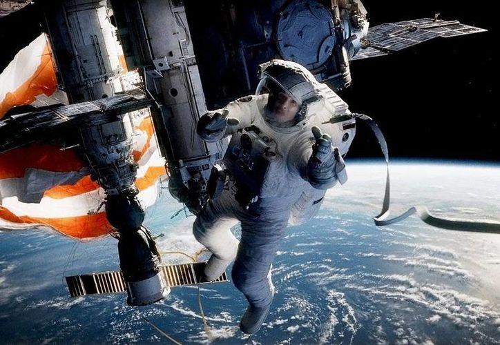 """""""Gravity"""", de Alfonso Cuarón, está nominada en la categoría de mejor producción de una película por el Sindicato de Productores. (gravitymovie.warnerbros.com)"""
