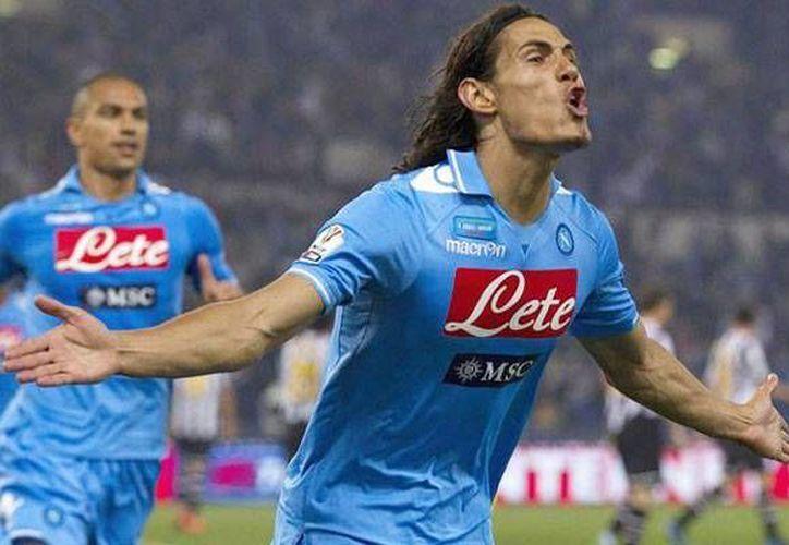 Cavani ha sido uno de los máximos goleadores de la Liga Italiana desde hace años. (record.com.mx/Archivo)