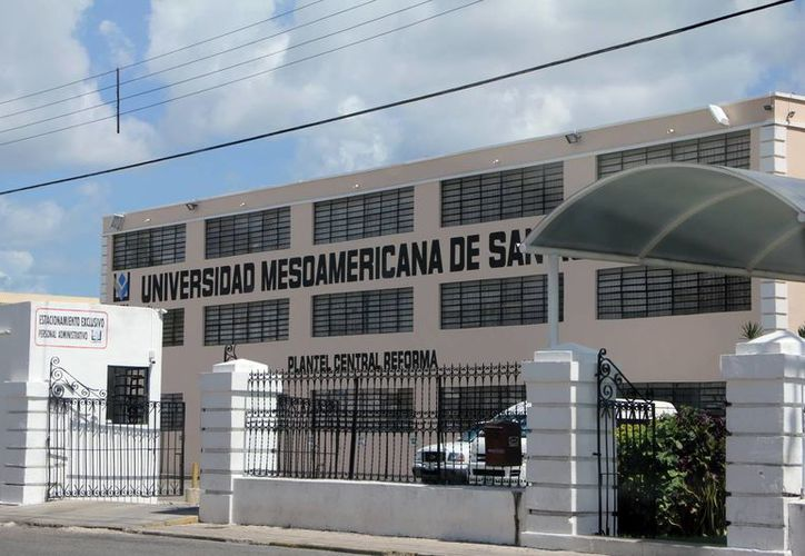 Ofrecerán en la Universidad Mesoamericana una conferencia en materia de protección de datos personales y medidas de seguridad en la red, será impartida por personal del IFAI. Abierto a los estudiantes y público en general. (Milenio Novedades)