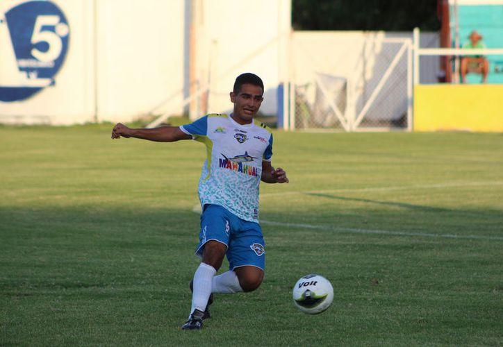 Tigrillos de Chetumal dominó un buen trecho del partido, pero no aprovechó sus llegadas a gol. (Miguel Maldonado/SIPSE)