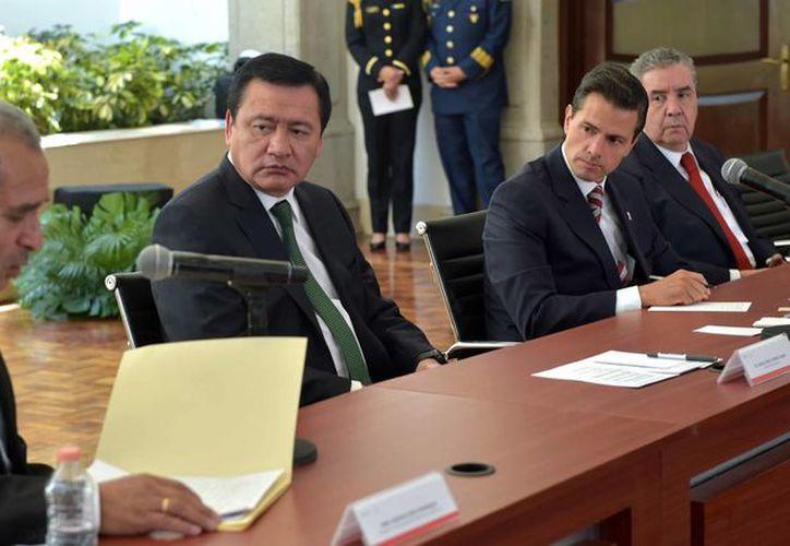 Al encuentro en Los PInos acudieron 33 representantes de diversas organizaciones religiosas. (Presidencia)