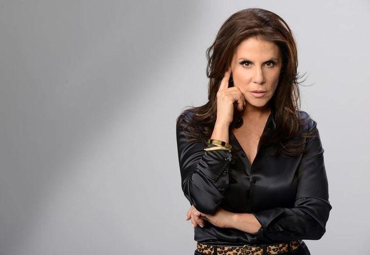 La actrz Rebecca Jones se dijo contenta de participar en la nueva producción de la Cadena Telemundo basada en la historia de 'Doña Bárbara'. (Imagen tomada de dominio.fm)