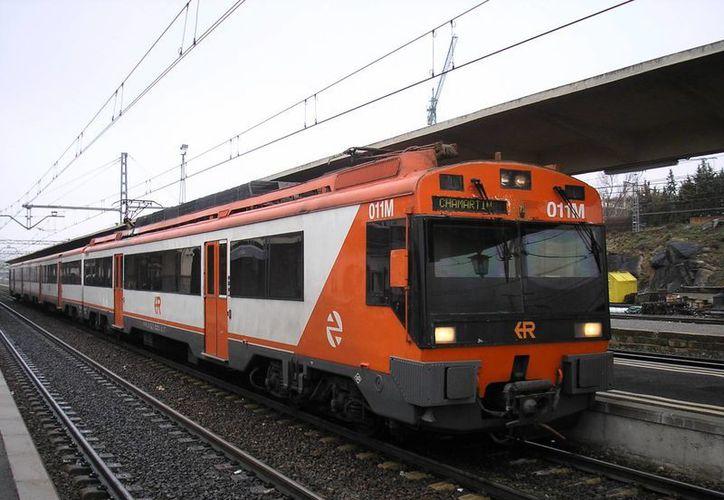 Los proyectos deben contar con trenes especiales que registren una velocidad de entre 140 a 150 kilómetros. (wikipedia.org)