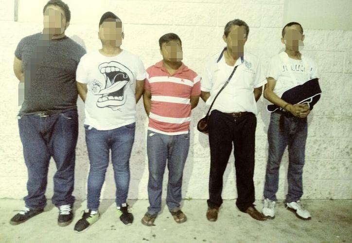 Los sujetos fueron trasladados a las instalaciones de Seguridad Pública. (Redacción)