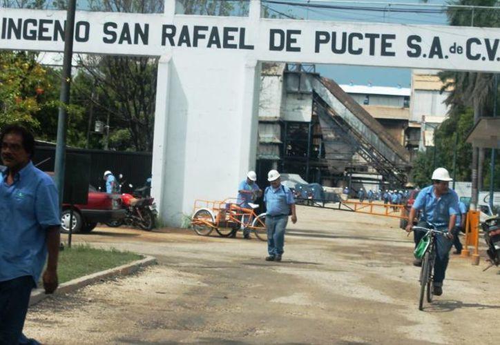 Los obreros del ingenio San Rafael de Pucté tenían la intención de hacer un paro de labores y sumarse a la toma de las instalaciones. (Edgardo Rodríguez/SIPSE)