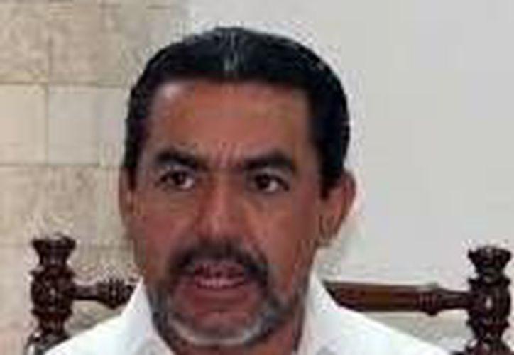 Imagen del consejero del Iepac Carlos Pavón Durán, quien habló sobre la nueva modalidad para la entrega y recepción de los paquetes electorales. Imagen de contexto. (Milenio Novedades)