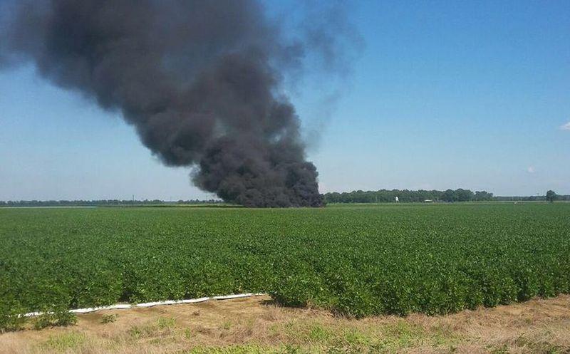 Cayó avión militar en Mississippi