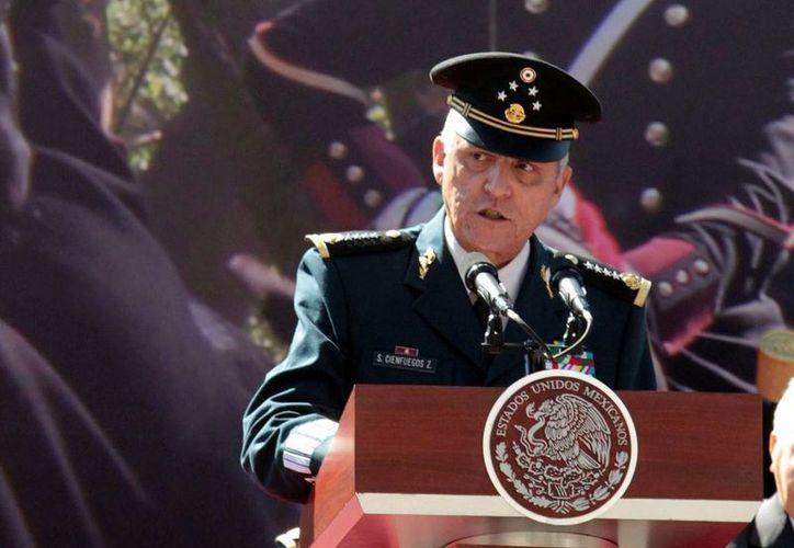 El general Cienfuegos estará en Chile del 8 al 11 de marzo por la Ceremonia de cambio de mando del Comandante en Jefe del Ejército de ese país. (Archivo Notimex)