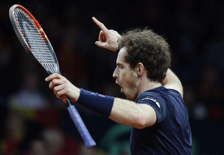 Bélgica ganaba 1-0 la final de Copa David, pero el británico Andy Murray equilibró la balanza al derrotar al belga Ruben Bemelmans. (AP)